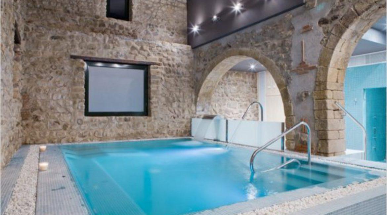 Mas de Sant Lleí сотрудничает с отелем Can Galvany