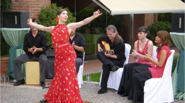 Celebrate a typical Spanish wedding in Mas de Sant Lleí