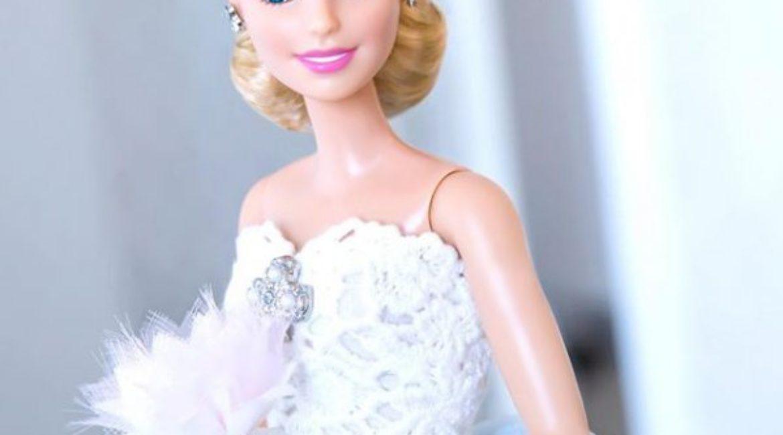 Oscar de la Renta vesteix a la Barbie de núvia
