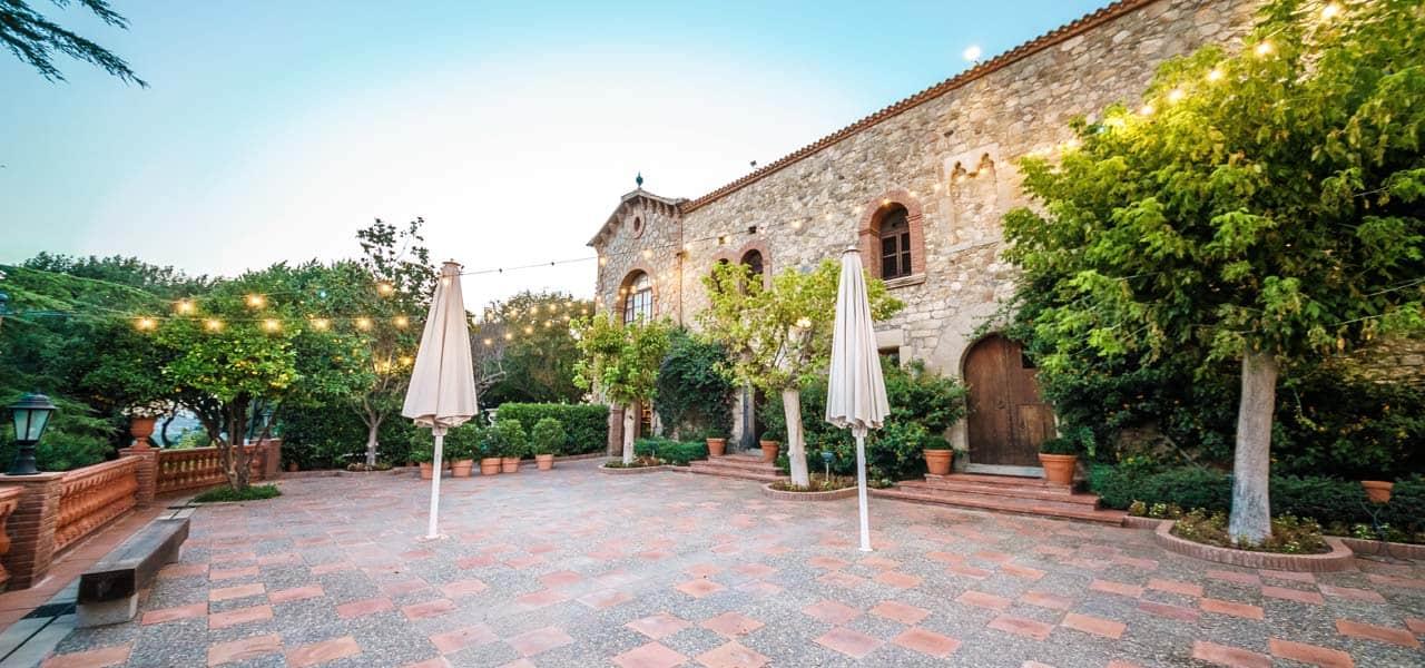 Finca para bodas barcelona Mas de Sant Lleí exterior